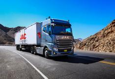 Este es el camión con capacidad de arrastre de 48 toneladas que ha llegado al Perú   FOTOS