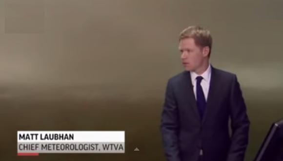 Tornado sorprende transmisión en vivo de un meteorólogo