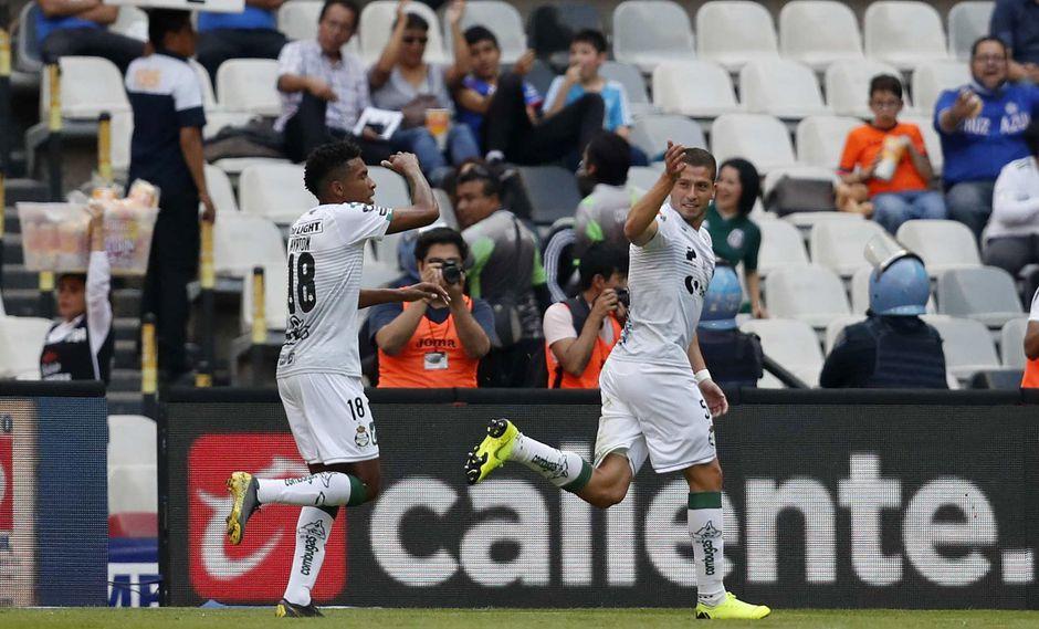 Cruz Azul vs. Santos: Hugo Nervo y la buena definición para el 1-1 en el Estadio Azteca   Foto: AP