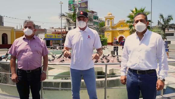 """Forsyth indicó que en un eventual gobierno a su cargo, se empoderará a la Policía Nacional del Perú """"para recuperar el principio de autoridad"""" en el país. (Foto: Facebook)"""
