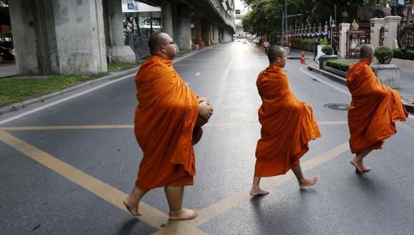 Tailandia: Red de prostitución ofrecía niñas a monjes budistas