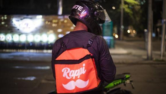 Los repartidores de Rappi van en bicicleta o moto.