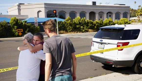 Poway   California: Al menos un muerto y 3 heridos en un tiroteo en una sinagoga de Estados Unidos. (AFP)