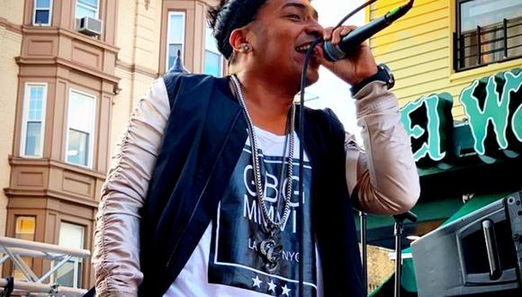 "Query George, cantante peruano de DLG, presentó su tema ""Mi corazoncito"". (Foto: @querygeorgeqg)"
