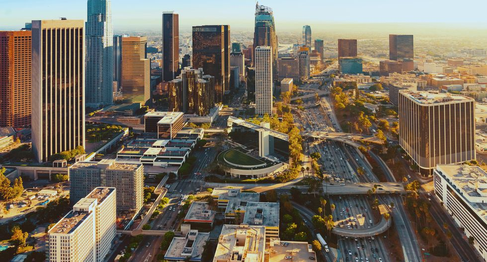 Los Ángeles, EE.UU.  El municipio prioriza el desarrollo del capital humano, las inversiones en telecomunicaciones y la calidad de las prestaciones de servicios en línea.  (Foto: Shutterstock)