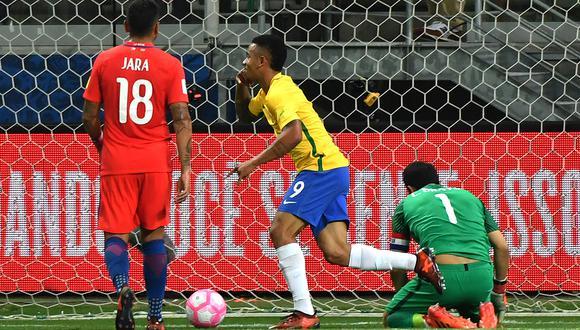 Chile quedó fuera del último Mundial al perder la última fecha ante Brasil. (Foto: AFP)