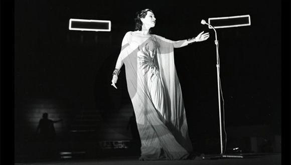 Así ocurrió: En 2008 muere la soprano Yma Súmac