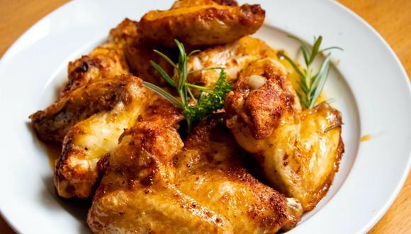 El pollo asado es delicioso, pero no siempre se acaba. Descubre cómo reutilizarlo en nuevas recetas. (Foto: Pexels)