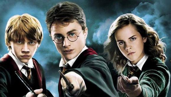 JK Rowling comenzó a lanzar  novelas de Harry Potter en 1997 y la primera adaptación cinematográfica fue en los cines solo cuatro años después (Foto: Twitter)