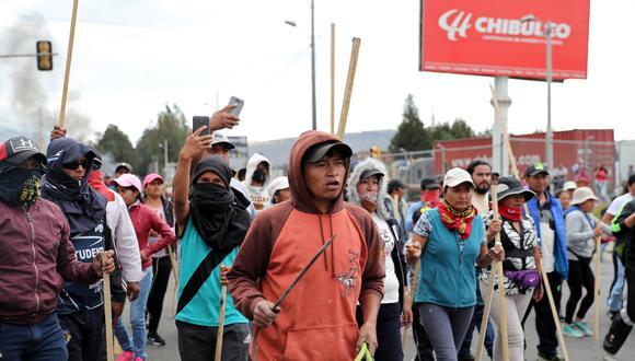 La Confederación de Nacionalidades Indígenas de Ecuador anunció el sábado que retendrá a miembros de las fuerzas del orden que ingresen en sus dominios, en base a su derecho a la autodeterminación. (Reuters)