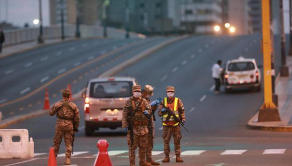 La Policía Nacional del Perú indicó que las todas restricciones serán fiscalizadas por la autoridad competente el domingo 11 de abril. (Foto: El Comercio)