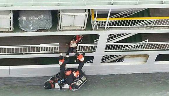 """Niños del Sewol en el naufragio: """"¿Por qué no nos dicen nada?"""""""