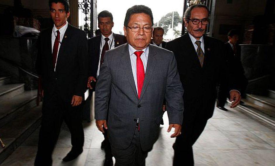 Presentan nuevo pedido para suspender a fiscal Ramos Heredia