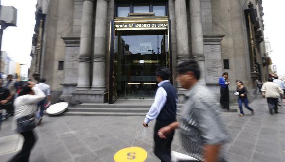 El indicador S&P/BVL Perú General, el más representativo de la bolsa, caía un -1,35%. (Foto: GEC)