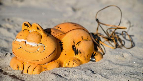 Tuvieron que pasar 30 años para que finalmente se resolviera el misterio de los curiosos teléfonos en las playas de Francia. (Foto: AFP)