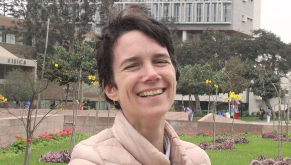 La doctora Gabriela Salmón se desempeña como gestora de investigación en la PUCP. (Foto: PUCP)