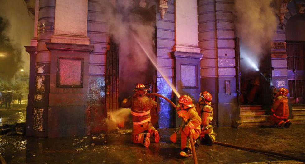 Incendio en plaza Dos de Mayo: así trabajaron los bomberos - 4