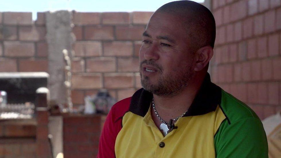 Báez asegura que, como muchos afrodescendientes, él vivió el rechazo dentro de su propio país desde muy pequeño. Foto: BBC Mundo