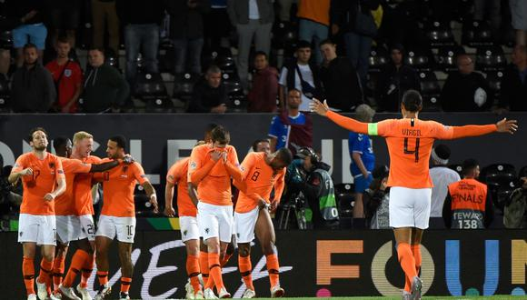 Holanda derrotó a Inglaterra y avanzó a la final de la UEFA Nations League. (Foto: AFP)