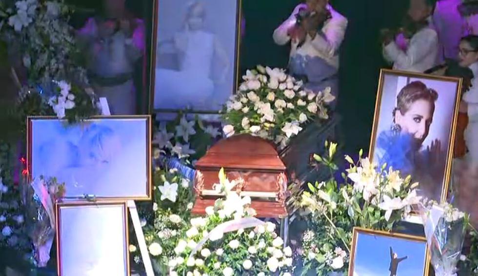 Edith González, homenajeada en el Teatro Jorge Negrete de la Ciudad de México.