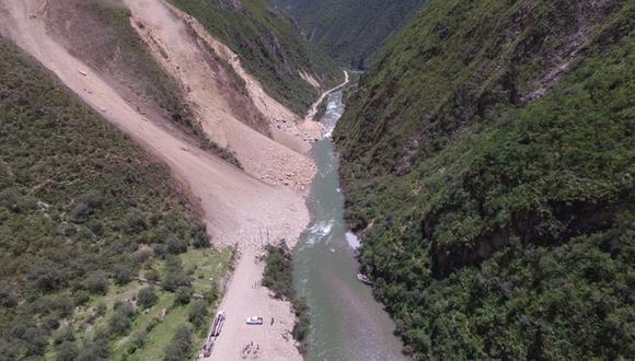 Panorámica en drone de la magnitud del derrumbe. (Foto: Carlos Peña)