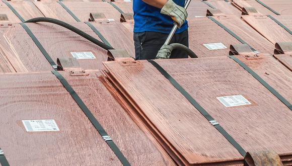 Los precios del cobre se veían presionados también por la tensión entre Estados Unidos y China. (Foto: GEC)