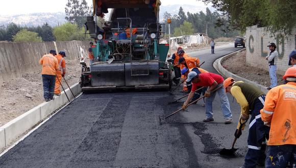 Revisa en la siguiente galería cuánto cuesta en promedio la construcción de un kilómetro de carretera en países como: España, Polonia, Grecia, Alemania, México, Bolivia, Argentina y Perú. (Foto: El Comercio)