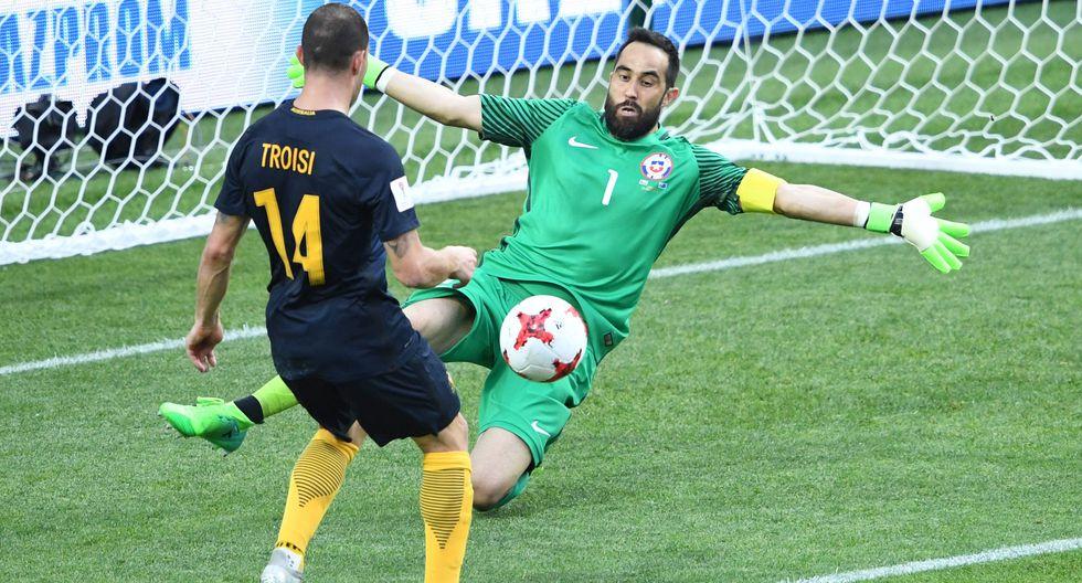 La selección chilena pone en riesgo su clasificación a las semifinales de la Copa Confederaciones. Este gol de James Troisi pone contra las cuerdas a la 'Roja'. (Foto: AFP)