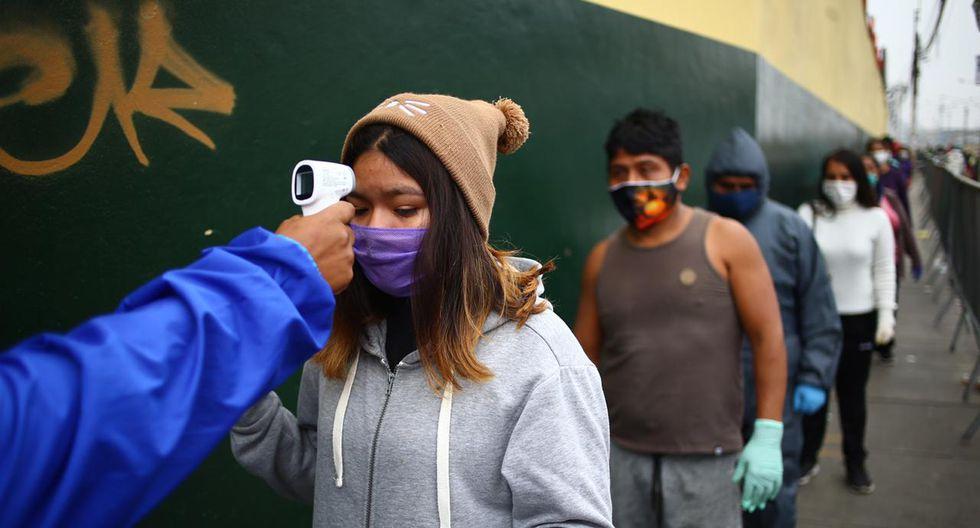Número de personas contagiadas con COVID-19 ascendió este sábado. (Foto: Hugo Curotto/GEC)