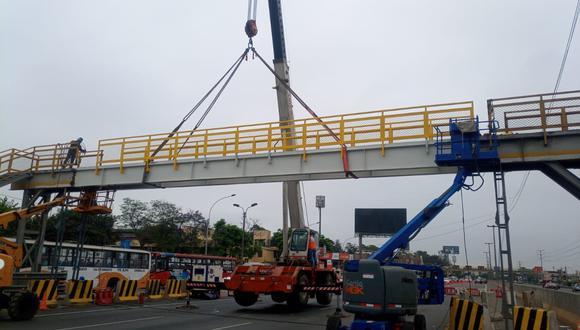 Lamsac informó que esta mañana se reabrió el acceso al puente peatonal Palmeras. (Foto: Difusión)