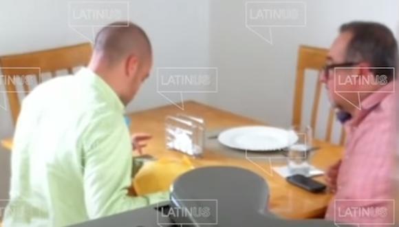 Según el reporte del periodista Carlos Loret de Mola, la conversación fue grabada por David León Romero. (Foto: Captura de video).