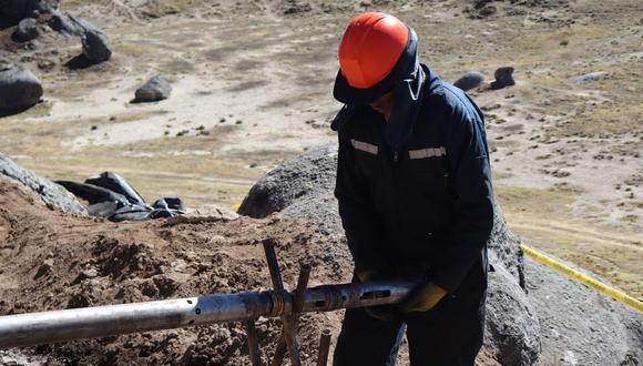 El litio es importante para la industria automovilística. (Foto: Andina)