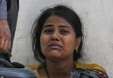 """""""Dondequiera que mires hay ambulancias y cadáveres"""": cómo la segunda ola está devastando al estado más poblado de la India"""