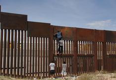 Gobernador de Texas busca reanudar obra de muro fronterizo con México