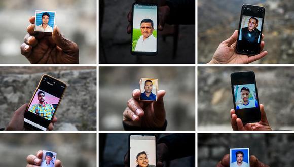 Familiares sostienen fotografías y teléfonos móviles con imágenes de trabajadores desaparecidos en el Proyecto de Energía Hidroeléctrica Tapovan-Vishnugad y el Proyecto de Energía de Rishiganga luego de una inundación repentina en la India. (Foto de Sajjad HUSSAIN / AFP).