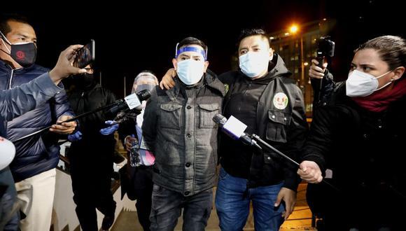 Job Luque Ayala fue intervenido por la Policía en los exteriores de la Dirincri. (César Bueno/GEC)
