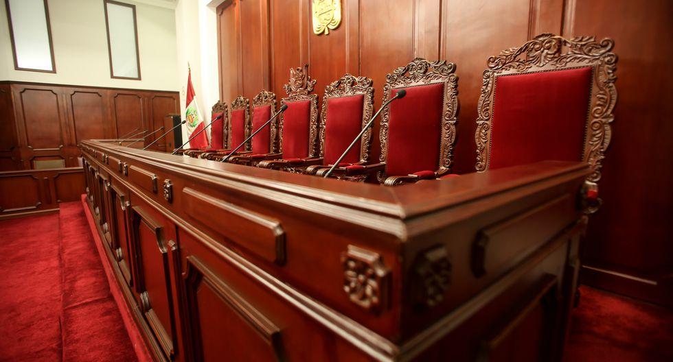 El Tribunal Constitucional está integrado por siete miembros. Actualmente seis de ellos ya cumplieron su período y deben ser reemplazados. [Foto archivo El Comercio]
