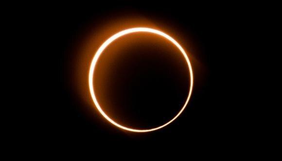 Eclipse solar visto en Malaysia. (Foto: Sadiq ASYRAF / AFP)