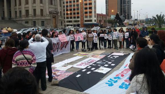 En este año, hasta el 27 de julio, han habido 102 muertes violentas de mujeres, de las cuales 70 corresponden a feminicidio y en 19 de estas se reportó la desaparición de la víctima. (Foto: Yasmin Rosas)
