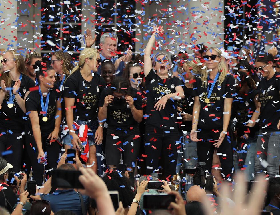 Selección femenina de fútbol de Estados Unidos   Campeonas del Mundial Francia 2019 son recibidas en Nueva York. Foto: AFP