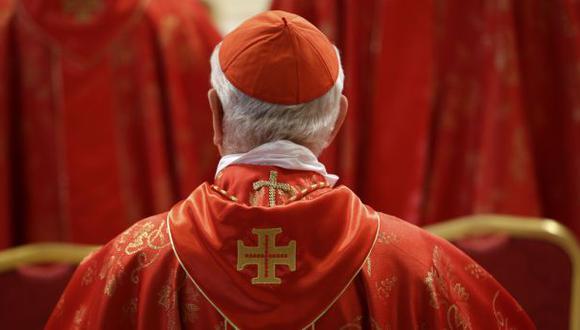"""Obispo: """"Si se avalan bodas gay, después habrá con animales"""""""