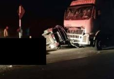 Tumbes: cuatro personas pierden la vida en mototaxi tras choque contra camión