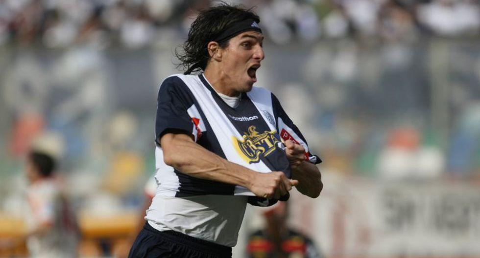 José Carlos Fernández en Melgar: ya suma 13 clubes en su lista - 10