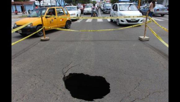 Trujillo: otro forado se formó en pista del centro de la ciudad