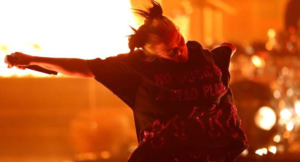 "Billie Eilish interpreta su canción ""All the good girls go to hell"". (Foto: Reuters)"