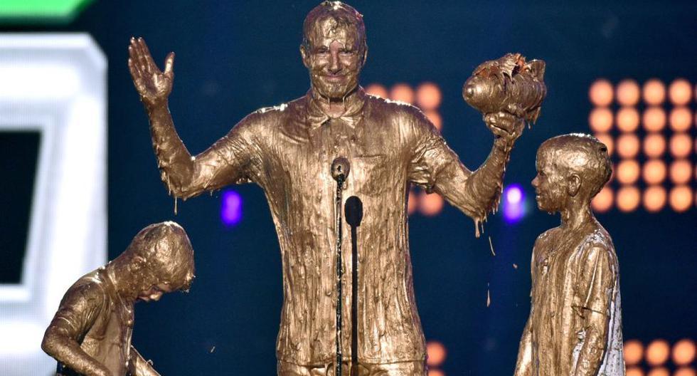 Beckham y sus hijos fueron bañados en oro en plena premiación - 2