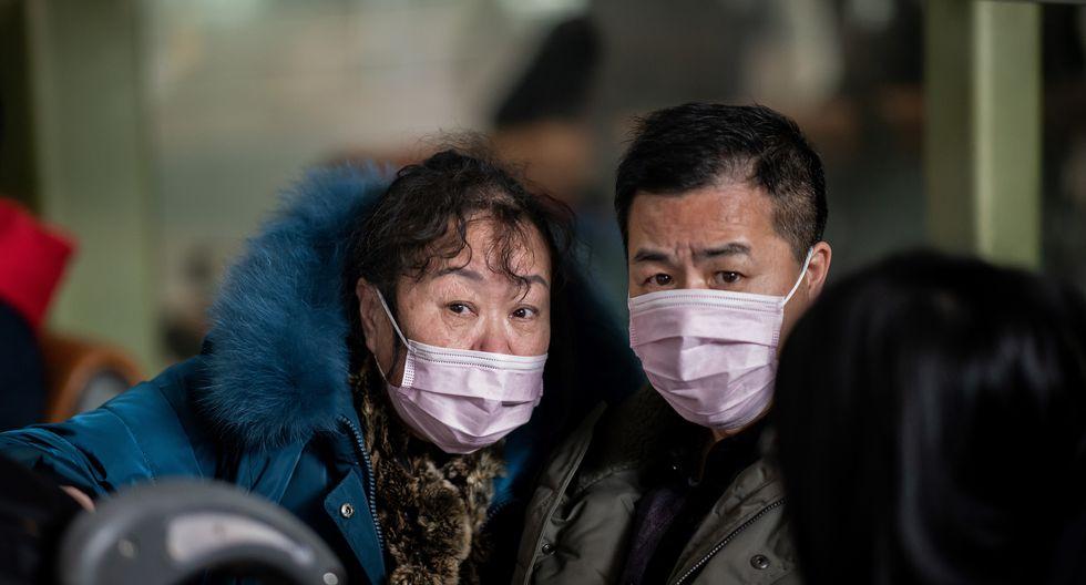Las autoridades chinas informaron que el coronavirus se transmite entre humanos. (Foto: NICOLAS ASFOURI / AFP)