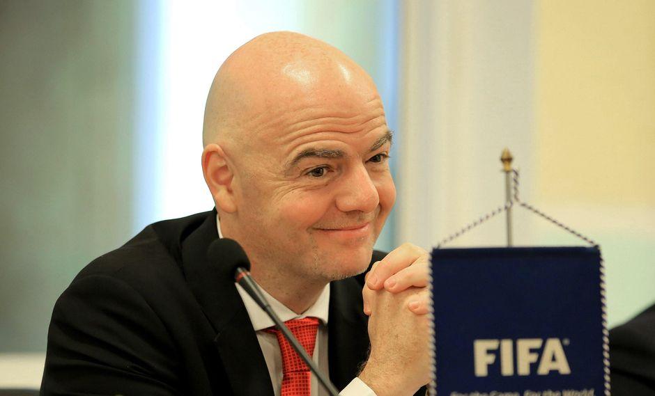 La FIFA emitió un comunicado en el que explica una variación en el número de jugadores a considerar en la lista preliminar del 4 de mayo. (Foto: EFE)