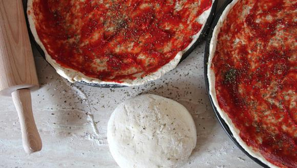 Preparar pizza casera es muy sencillo y disfrutarás mucho más de su sabor en varias ocasiones si la guardas correctamente. (Foto: Pixabay)