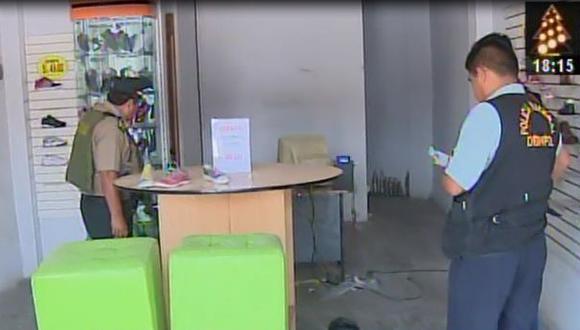 Los Olivos: roban mercadería y dinero de zapatería en feriado